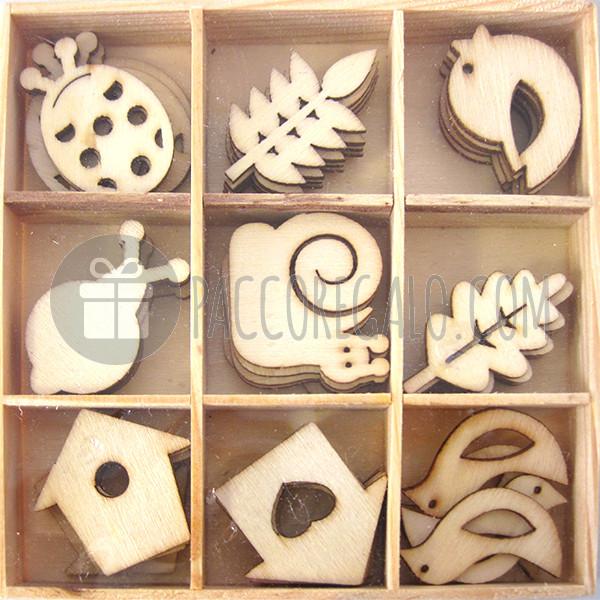 Decorazioni natura in legno con scatolina di legno 45pz for Decorazioni autoadesive
